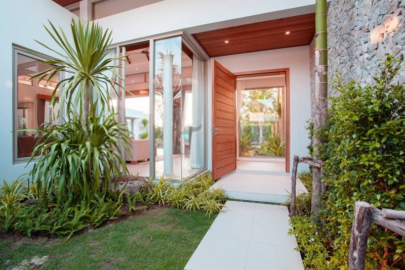 The front door is a great place to start and is highly regarded as one of the key indicators to a happy feng shui home.